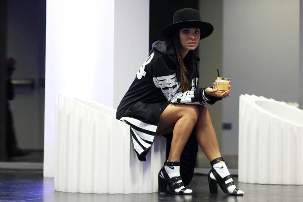 Lavinia Biancalani Highsnobiety Street style Disaronno Versace Ktz Zara Nike