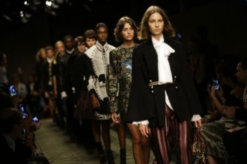 londra, london, style, lavinia biancalani, the style pusher, runway, lfw, ss17, fashion week, sfilate, p/e 2017, burberry