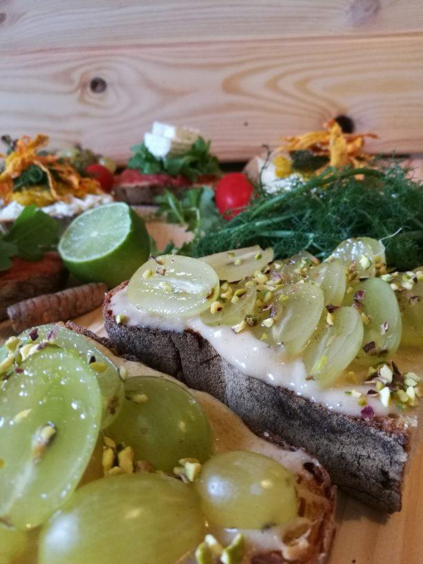 food, lavinia biancalani, viola berti, cooking, the style pusher, open toast, toast