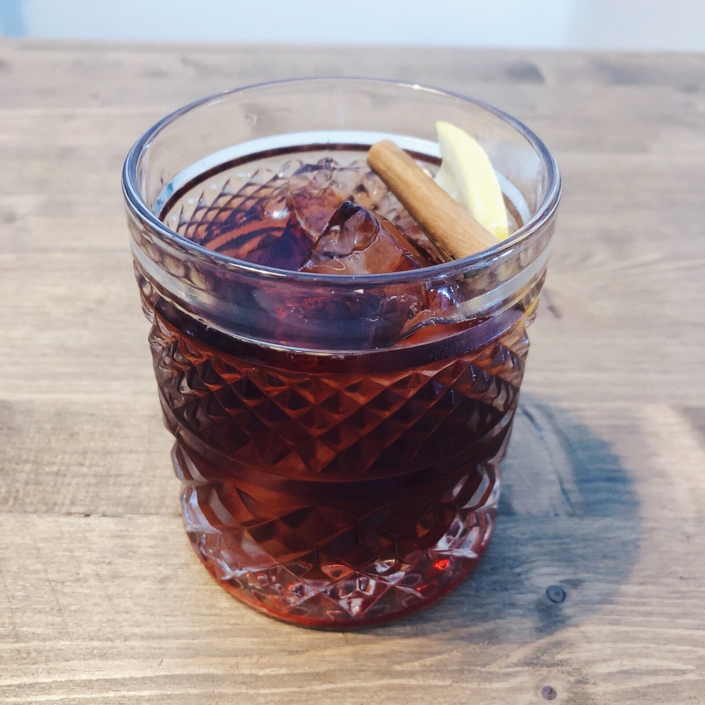drink, cocktail, negroni, natale, mixology, mixologist, cinnamon negroni, gabriele stillitani,